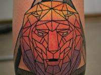 Татуировка бриллиант на икре