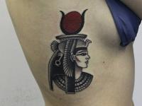 Татуировка фараон на боку