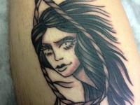 Татуировка девушка в петле