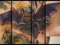 Татуировка летучая мышь