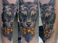 Татуировка волк на предплечье