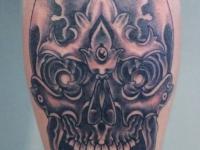 Татуировка узор на икре