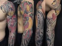 Цветное тату змея на всю руку