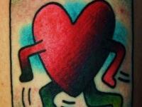 Татуировка убегающее сердце