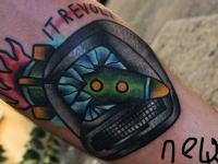 Татуировка ракета в мониторе