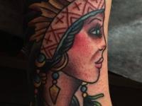 Татуировка девушка-вождь
