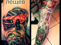 Татуировка автомобиль на бедре