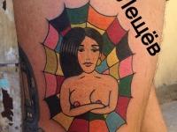 Татуировка девушка в паутине