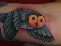 Татуировка филин в полете