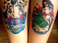 Татуировки на ногах мужчины и женщины русалок