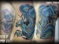 Татуировка дракон на плече