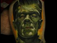 Татуировка портрет монстра на плече