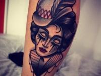 Татуировка голова девушки в шляпе