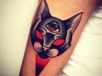 Татуировка голова кота с глазом