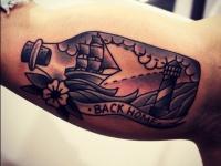 Татуировка корабль в бутылке