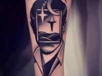 Татуировка голова с окном