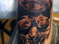 Татуировка череп и глаз