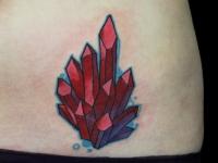 Татуировка красные кристаллы
