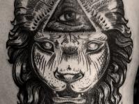 Татуировка лев