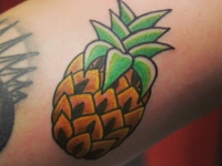 Татуировка ананас