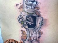 Татуировка робот на животе