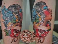 Татуировка голова девушки и роза