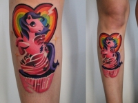 Татуировка единорог на голеностопе