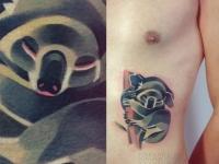 Татуировка коала на животе