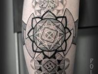 Татуировка узор на голеностопе