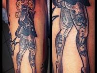 Татуировка девушка с тату