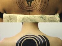 Татуировка мишень на спине
