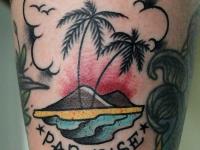 Татуировка остров с пальмами