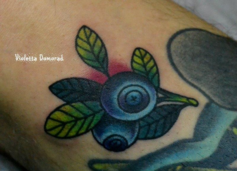Татуировка черника