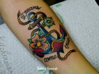 Татуировка якорь на предплечье