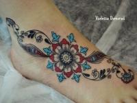 Татуировка узор на ступне
