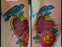 Татуировка птичка с сердцем