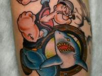 Веселый Папай и акула на руке