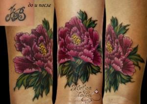перекрытие старой татуировки. татуировка пион