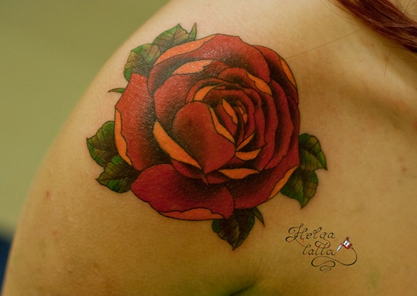 тату олд скул традиционная татуировка цветы old school tattoo