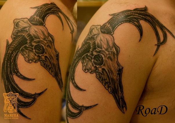 тату студия Maruha татуировка тату салон татуировщики тату мастер