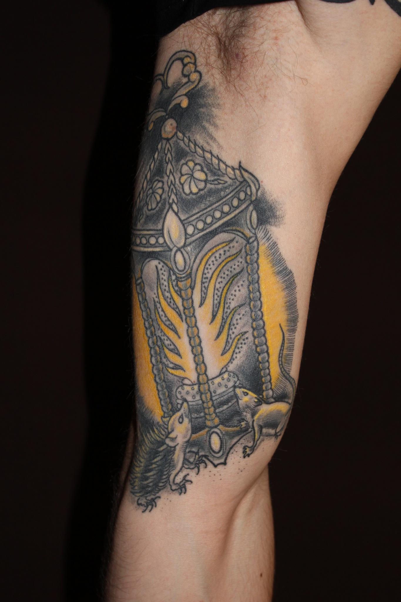 художественная татуировка, тату фонарь, тату мышь, тату еж, традиционная татуировка, индивидуальная (эксклюзивная татуировка), traditional tattoo, artist tattoo, tattoo mouse, tattoo hedgehog, exclusive tattoo