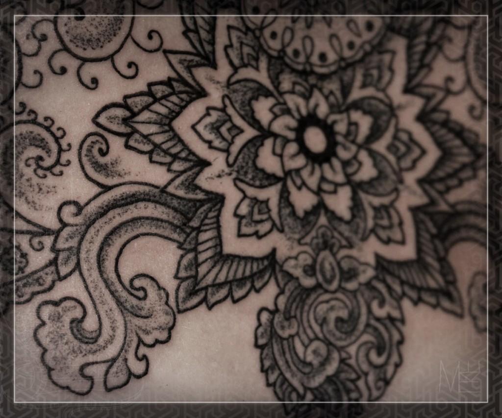 Художественная орнаментальная татуировка. Мастер Михаил Колесников