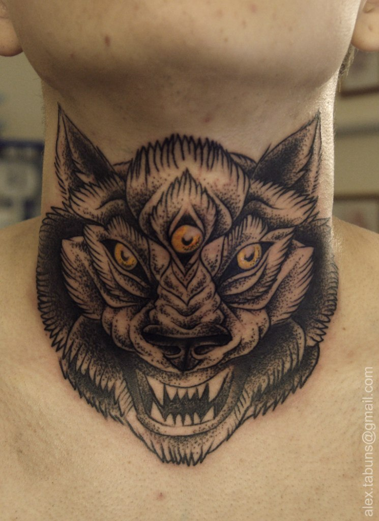Художественная татуировка Волк. Мастер Александра Табунс.