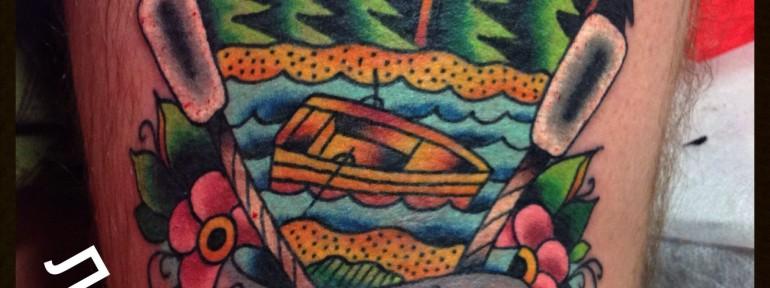 Татуировка «еще поплаваем братишь». Мастер Егор Лещев.