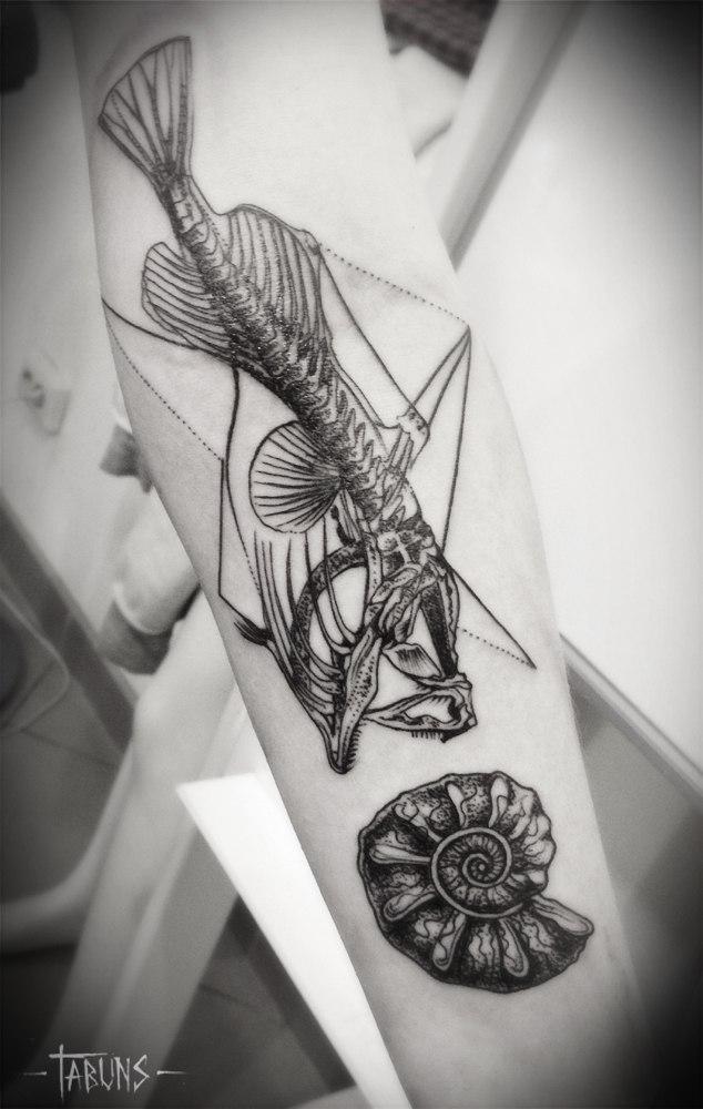 Художественная татуировка от Александры Табунс.