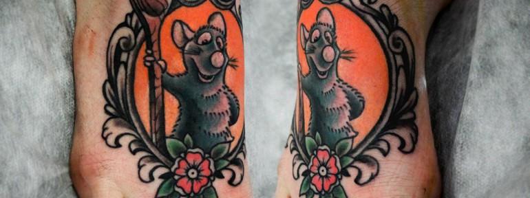 Художественная татуировка «Рататуй». Мастер Денис Марахин. Расположение: ступня.