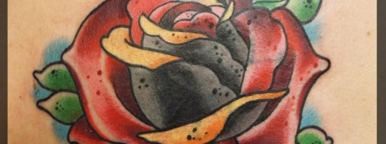 Художественная татуировка «Роза» от Александра Соды.