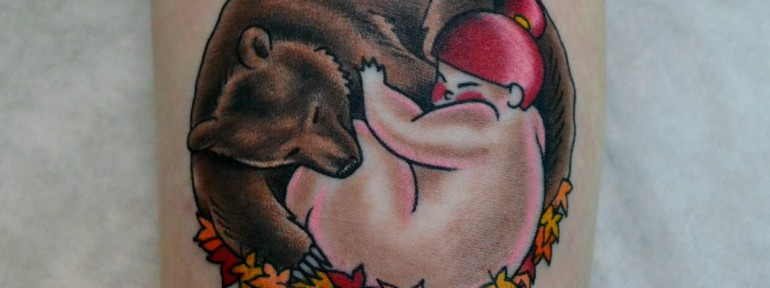 Татуировка «мишка и девочка». Мастер Виолетта Доморад.