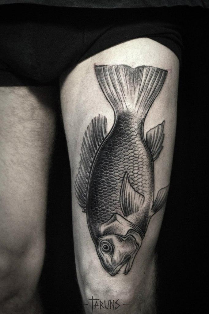 Художественная татуировка «Рыба». Мастер Александра Табунс.