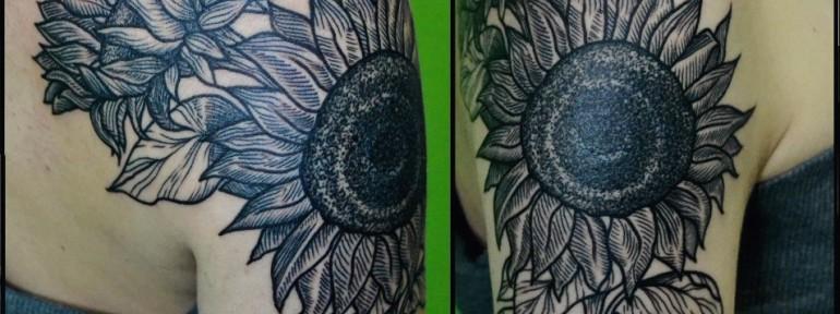 Перекрытие старой татуировки, от Виолетты Доморад.